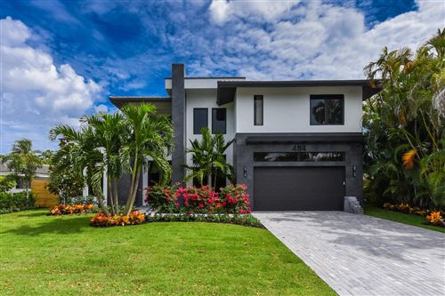 Photo of 484 NE Wavecrest Court, Boca Raton, FL 33432 (MLS # RX-10568582)