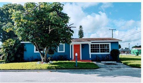 Photo of 1585 W 34th Street, Riviera Beach, FL 33404 (MLS # RX-10747584)