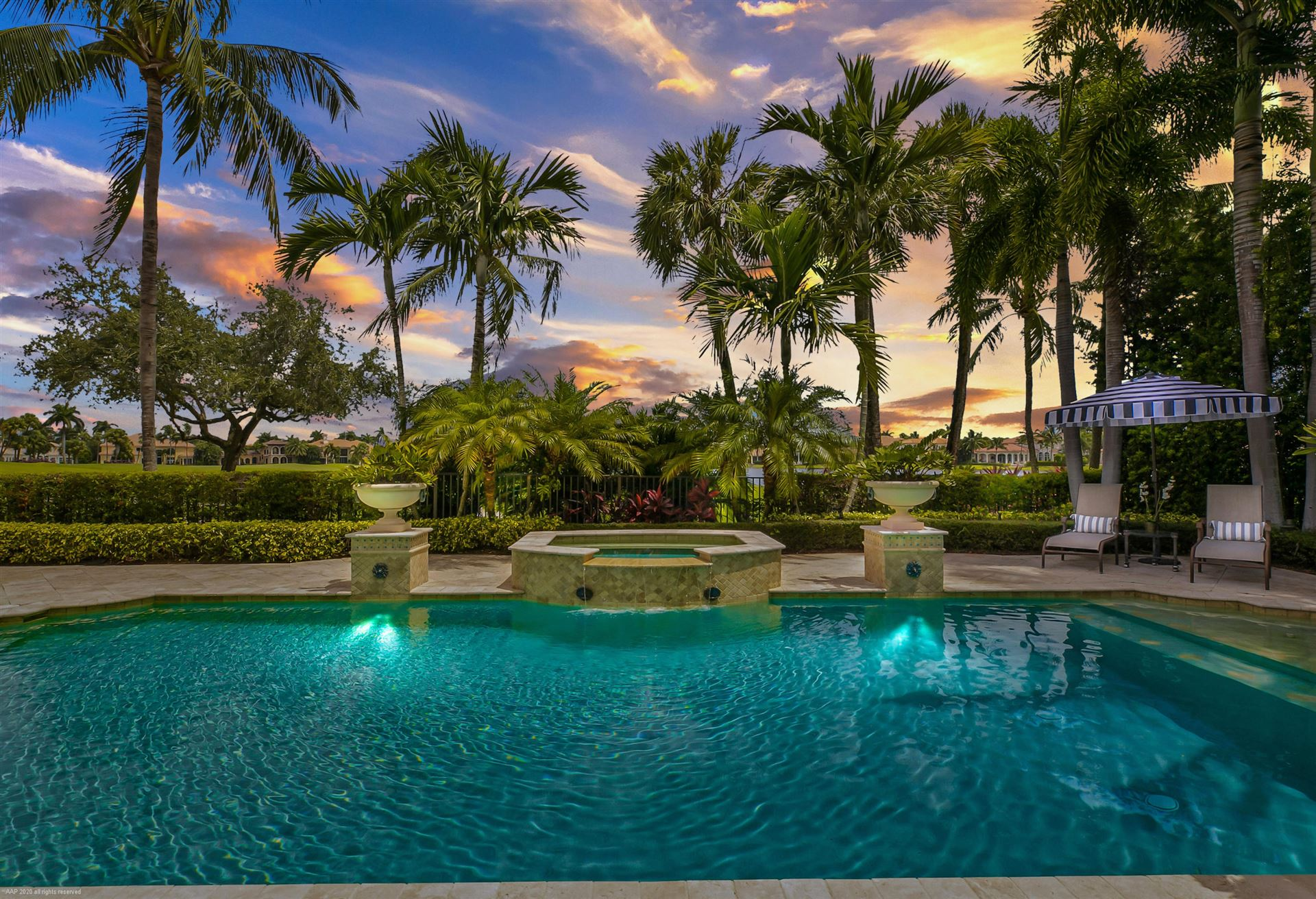 Photo of 628 Hermitage Circle, Palm Beach Gardens, FL 33410 (MLS # RX-10650585)