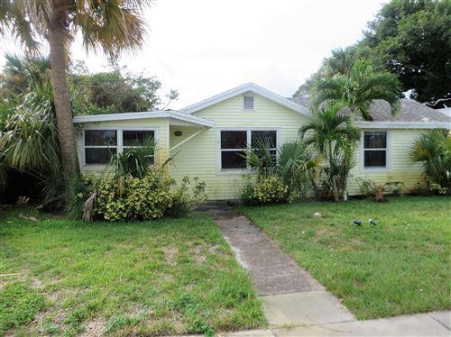 Photo of 1177 NE Rio Avenue, Jensen Beach, FL 34957 (MLS # RX-10573587)