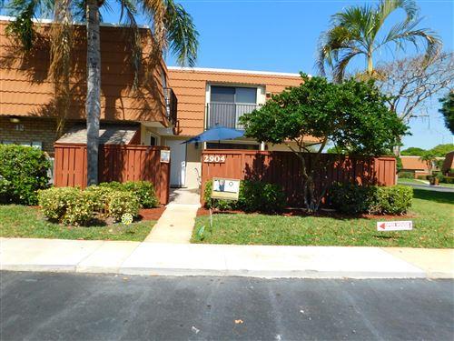 Photo of 2904 SW Waterford Drive, Deerfield Beach, FL 33442 (MLS # RX-10705589)
