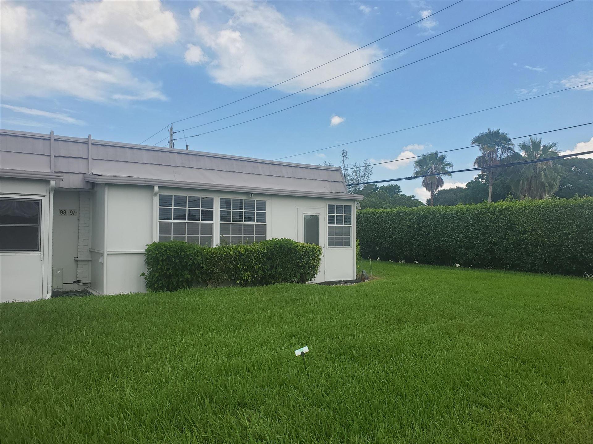97 Valencia E, Delray Beach, FL 33446 - MLS#: RX-10734589