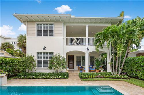 Photo of 130 SE 7th Avenue, Delray Beach, FL 33483 (MLS # RX-10744590)
