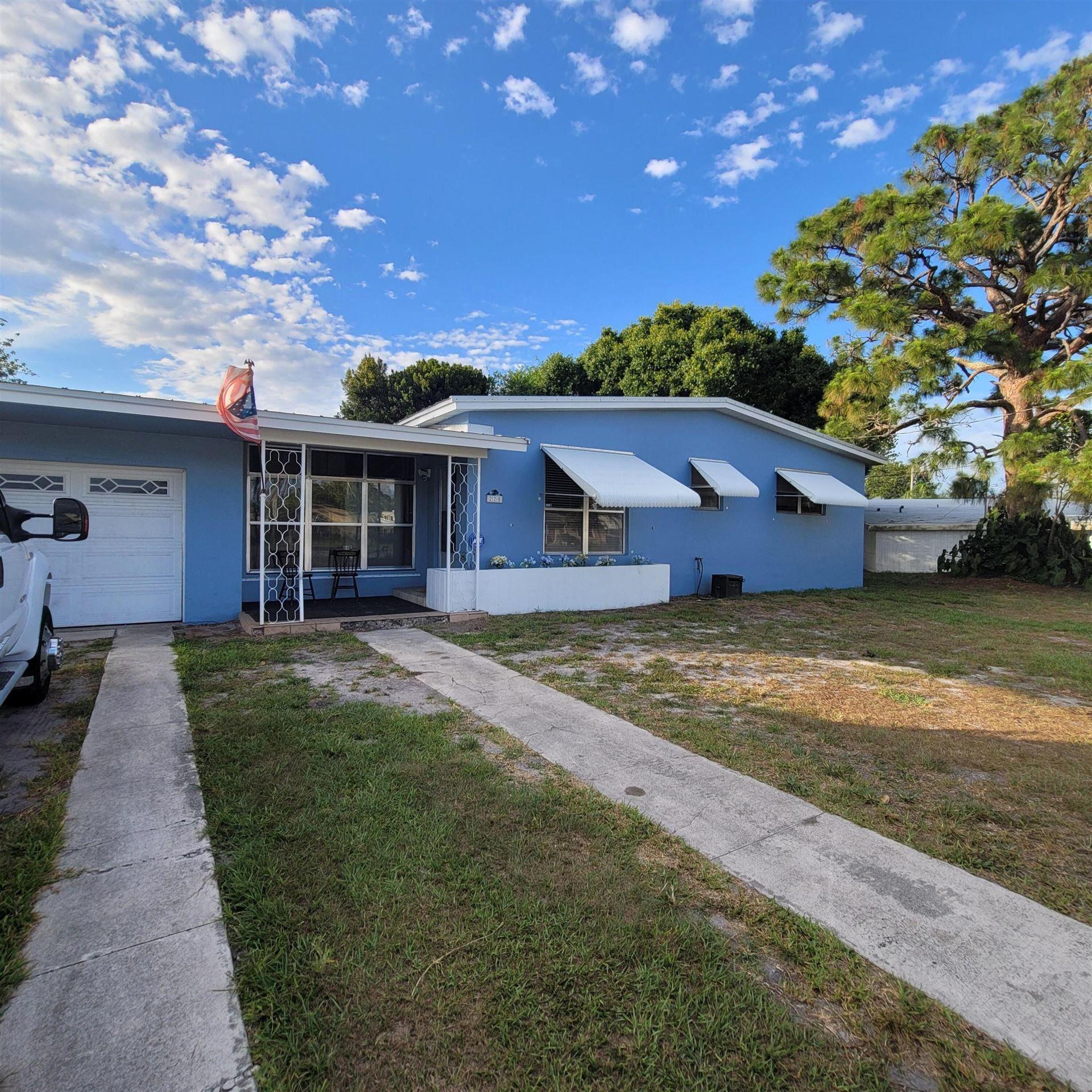 225 NE Prima Vista Boulevard, Port Saint Lucie, FL 34983 - MLS#: RX-10715590