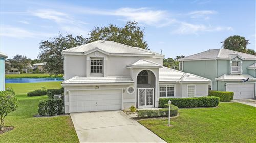 Photo of 18125 SE Fairview Circle, Tequesta, FL 33469 (MLS # RX-10597591)