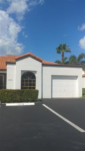 Photo of 13518 Fountain View Boulevard, Wellington, FL 33414 (MLS # RX-10658592)