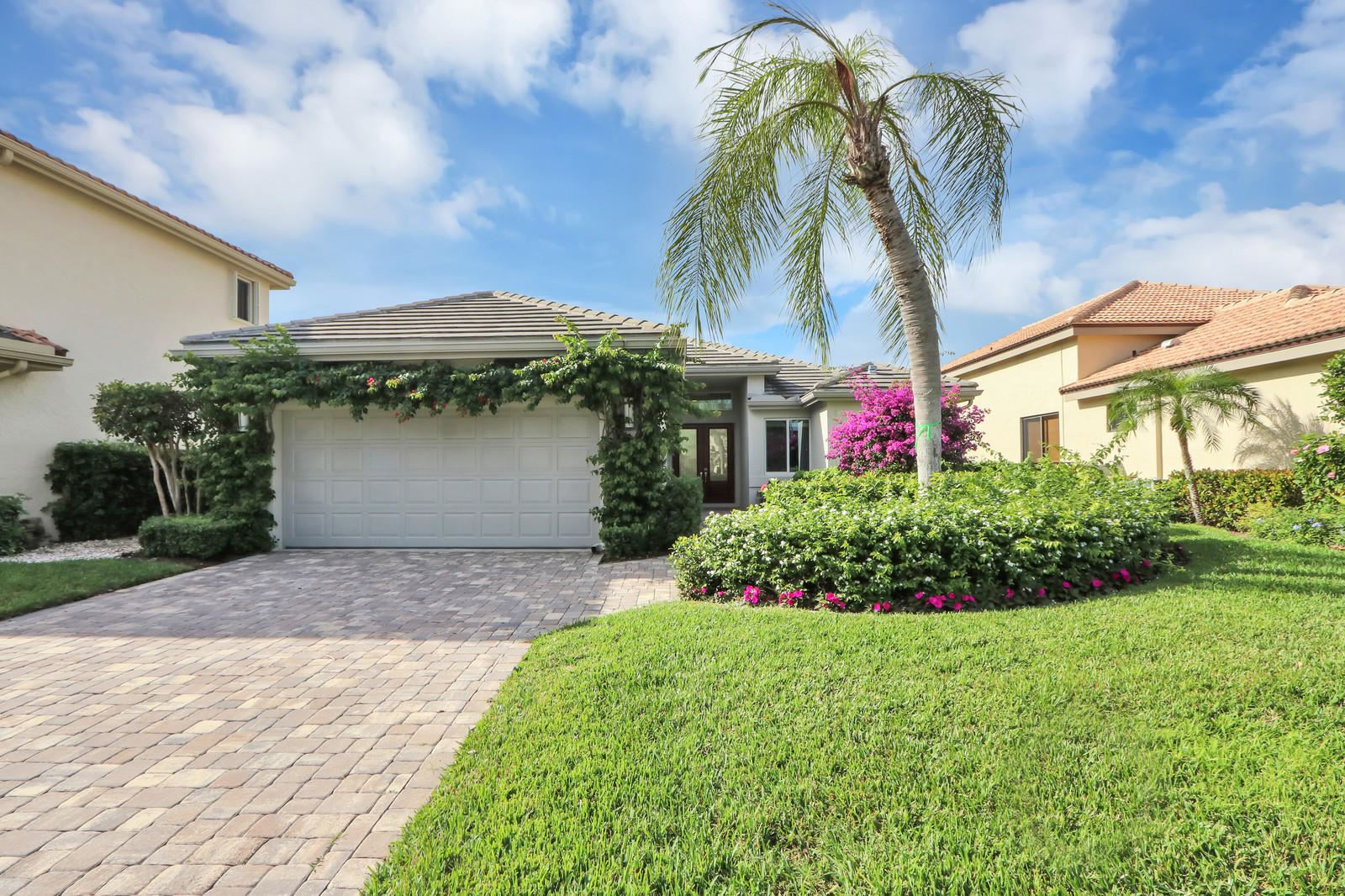 Photo of 13821 Le Havre Drive, Palm Beach Gardens, FL 33410 (MLS # RX-10588592)