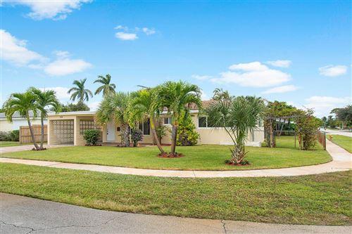 Photo of 499 NE 28th Road, Boca Raton, FL 33431 (MLS # RX-10637593)