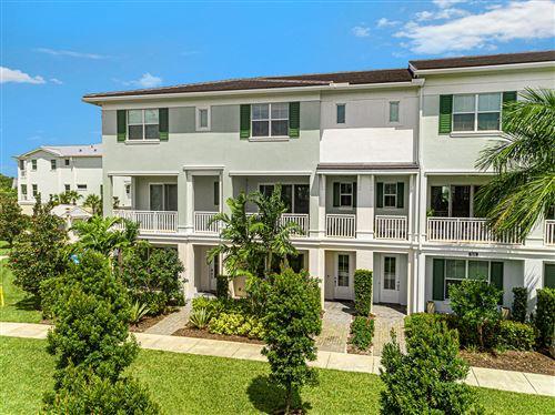 Photo of 7093 Edison Place, Palm Beach Gardens, FL 33418 (MLS # RX-10655593)