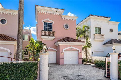 Photo of 320 E Royal Palm Road #., Boca Raton, FL 33432 (MLS # RX-10686594)