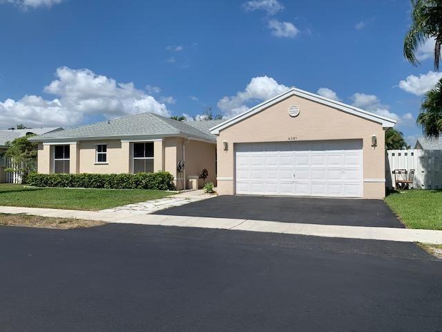 Photo of 4051 SW 70th Terrace, Davie, FL 33314 (MLS # RX-10713594)