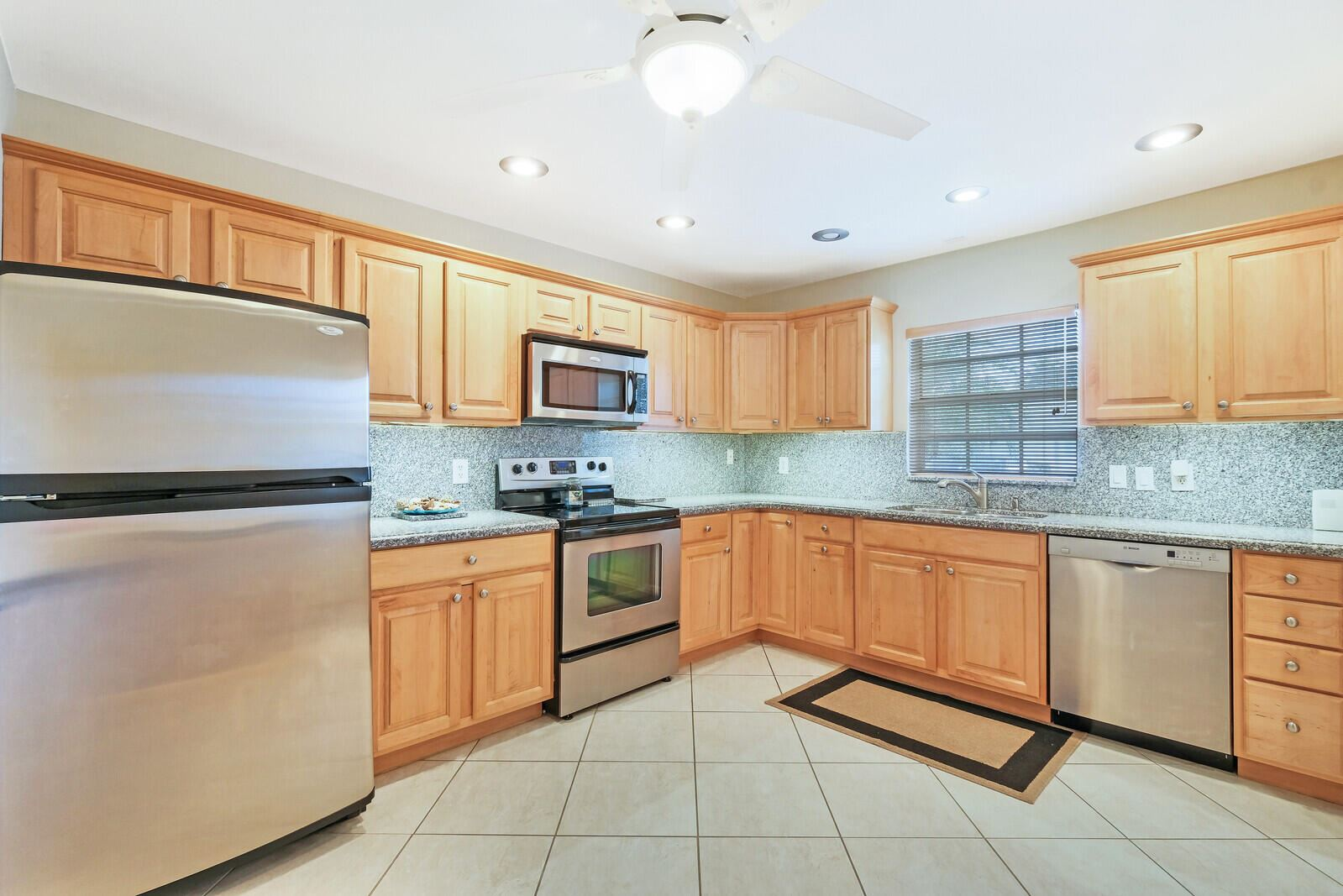 446 Franconia Circle, Lake Worth, FL 33467 - MLS#: RX-10742594