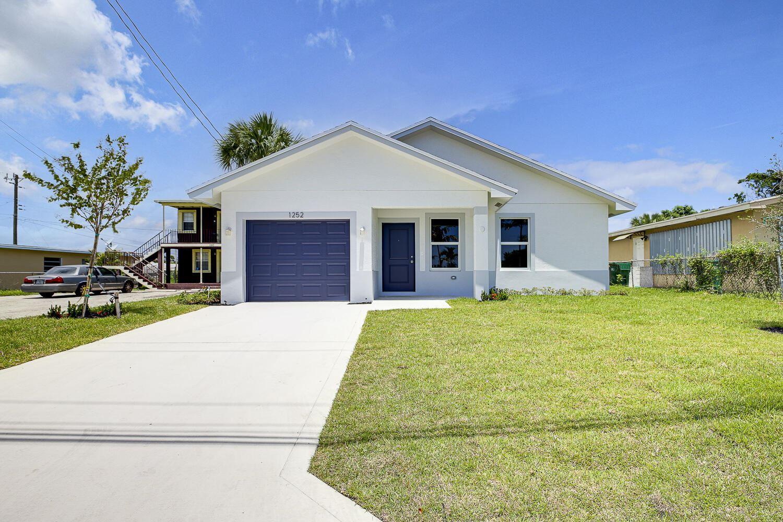 1252 Dr Martin Luther King Jr Boulevard, Riviera Beach, FL 33404 - #: RX-10731595