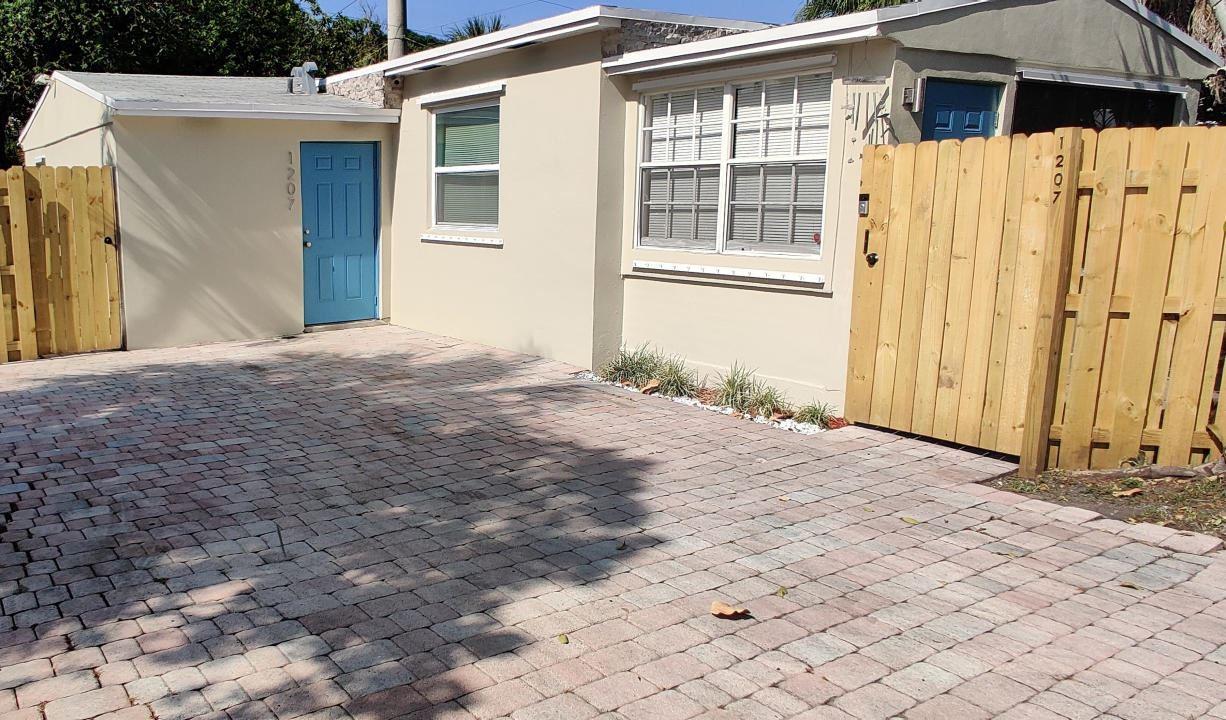 Photo of 1207 NE 13th Street, Fort Lauderdale, FL 33304 (MLS # RX-10707596)