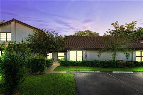 Photo of 3115 Lake Shore Drive, Deerfield Beach, FL 33442 (MLS # RX-10739599)