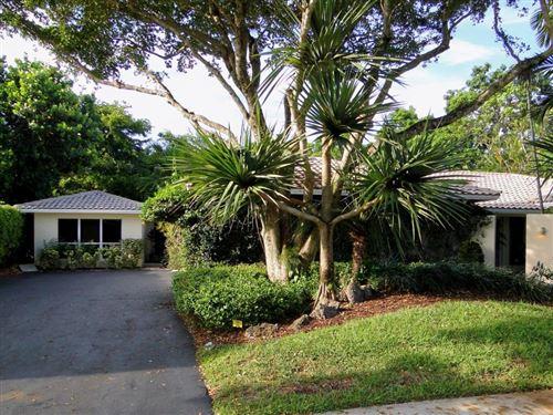 Photo of 6820 S Grande Drive, Boca Raton, FL 33433 (MLS # RX-10627600)