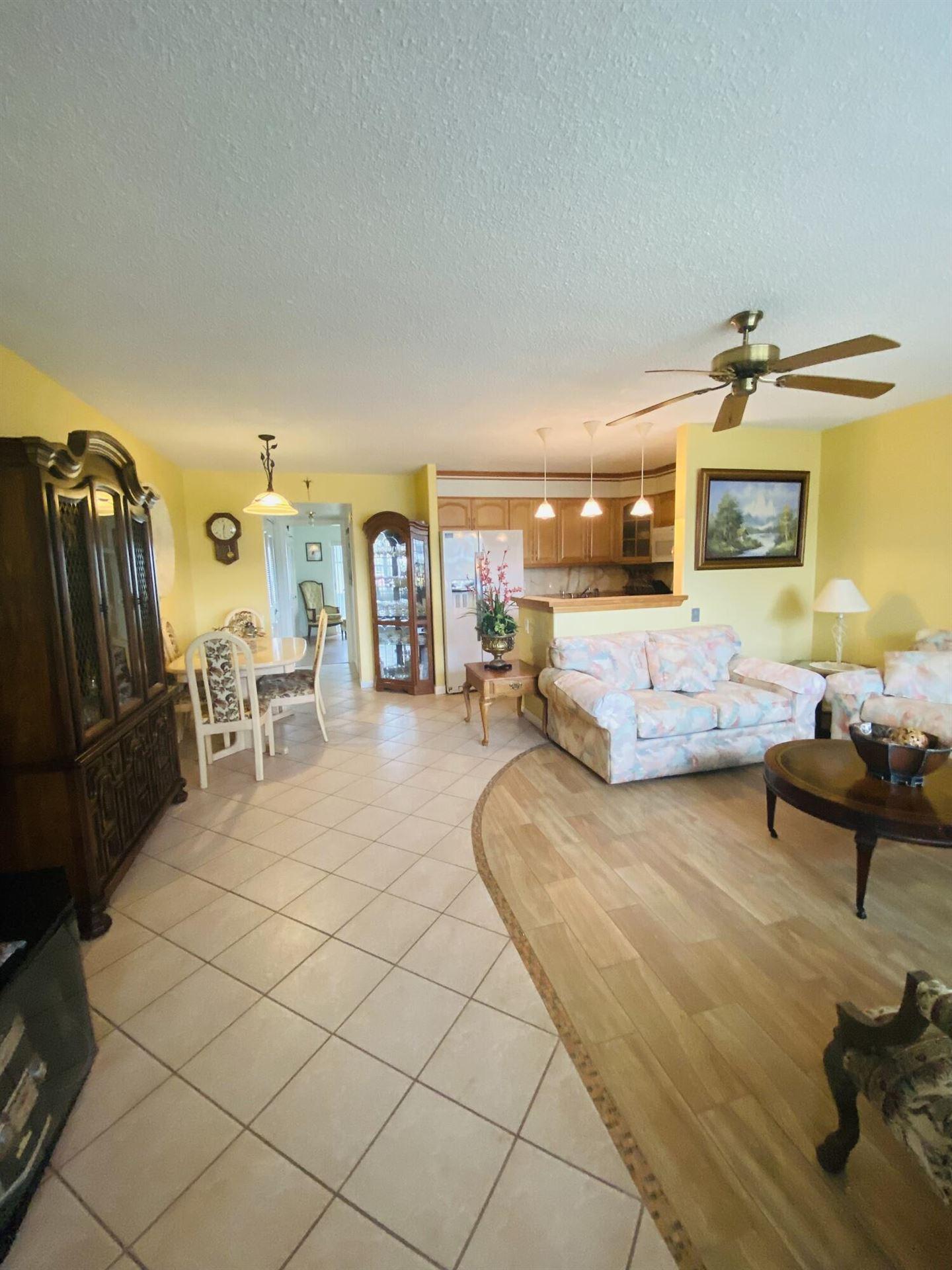76 Northampton E, West Palm Beach, FL 33417 - MLS#: RX-10732602