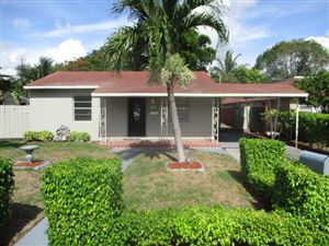 Photo of 1309 NW 5th Avenue, Fort Lauderdale, FL 33311 (MLS # RX-10544603)