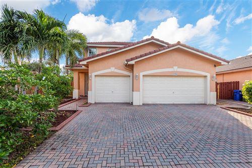 Foto de inmueble con direccion 2291 NW 72nd Terrace Pembroke Pines FL 33024 con MLS RX-10662604