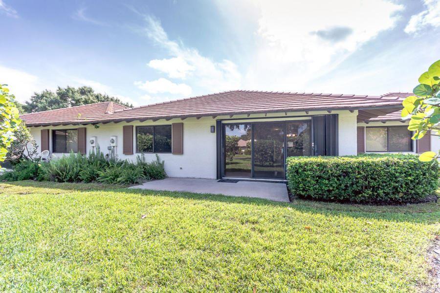 Photo of 102 Club Drive #102, Palm Beach Gardens, FL 33418 (MLS # RX-10661605)