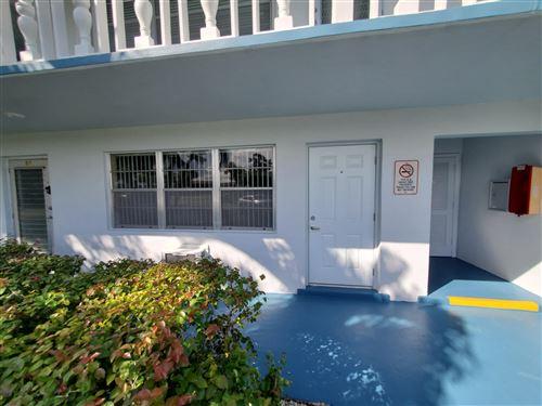 Photo of 59 Berkshire C #59c, West Palm Beach, FL 33417 (MLS # RX-10633606)