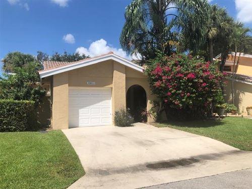 Photo of 20811 Via Valencia Drive, Boca Raton, FL 33433 (MLS # RX-10657607)