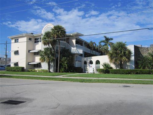 Photo of 141 NE 10 Avenue #17a, Hallandale Beach, FL 33009 (MLS # RX-10754608)
