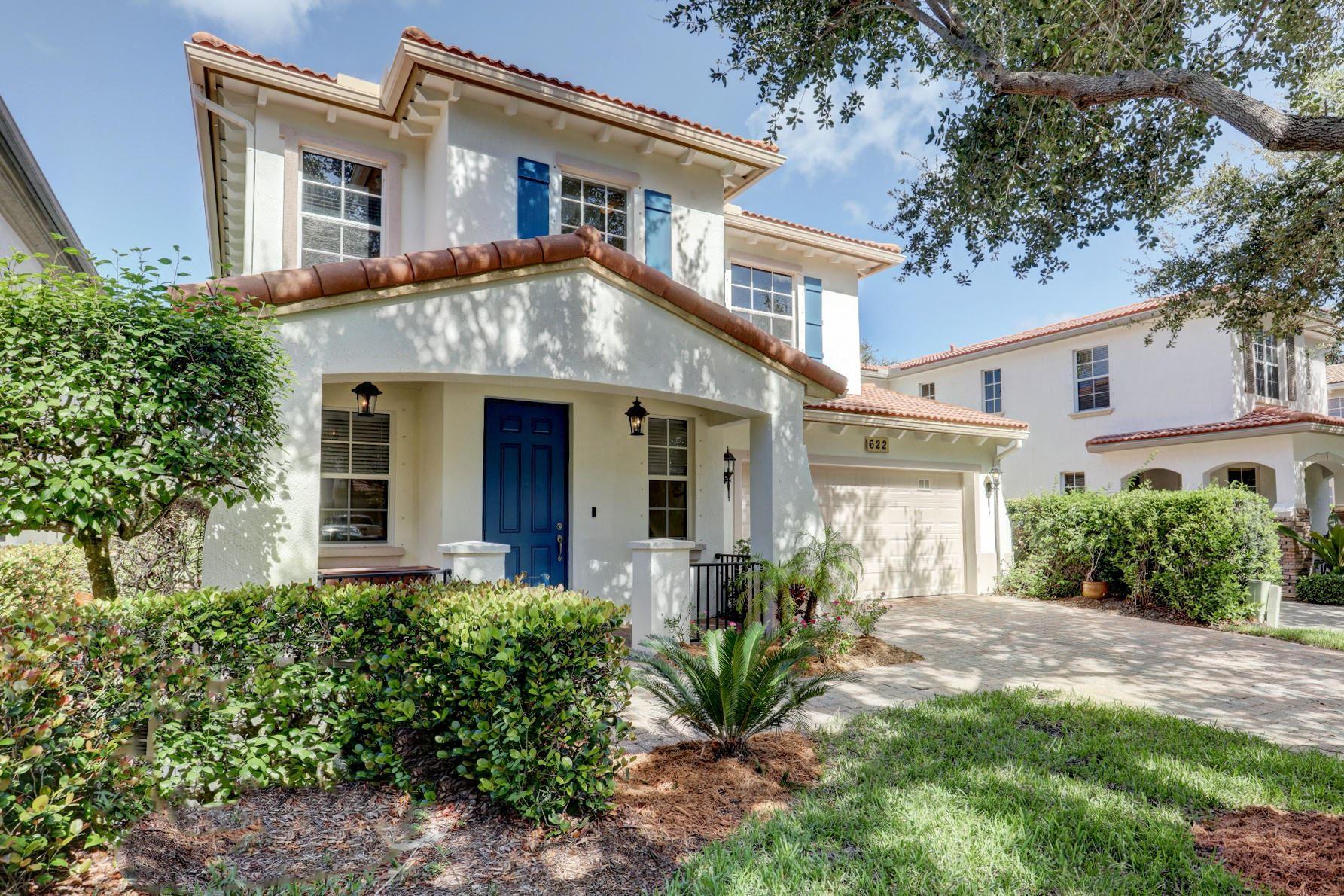 Photo of 622 Castle Drive, Palm Beach Gardens, FL 33410 (MLS # RX-10643608)