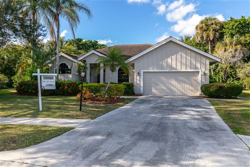Photo of 9250 Cypress Hollow Drive, Palm Beach Gardens, FL 33418 (MLS # RX-10547610)