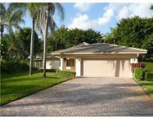 Photo of 4915 Pine Tree Drive, Boynton Beach, FL 33436 (MLS # RX-10713610)
