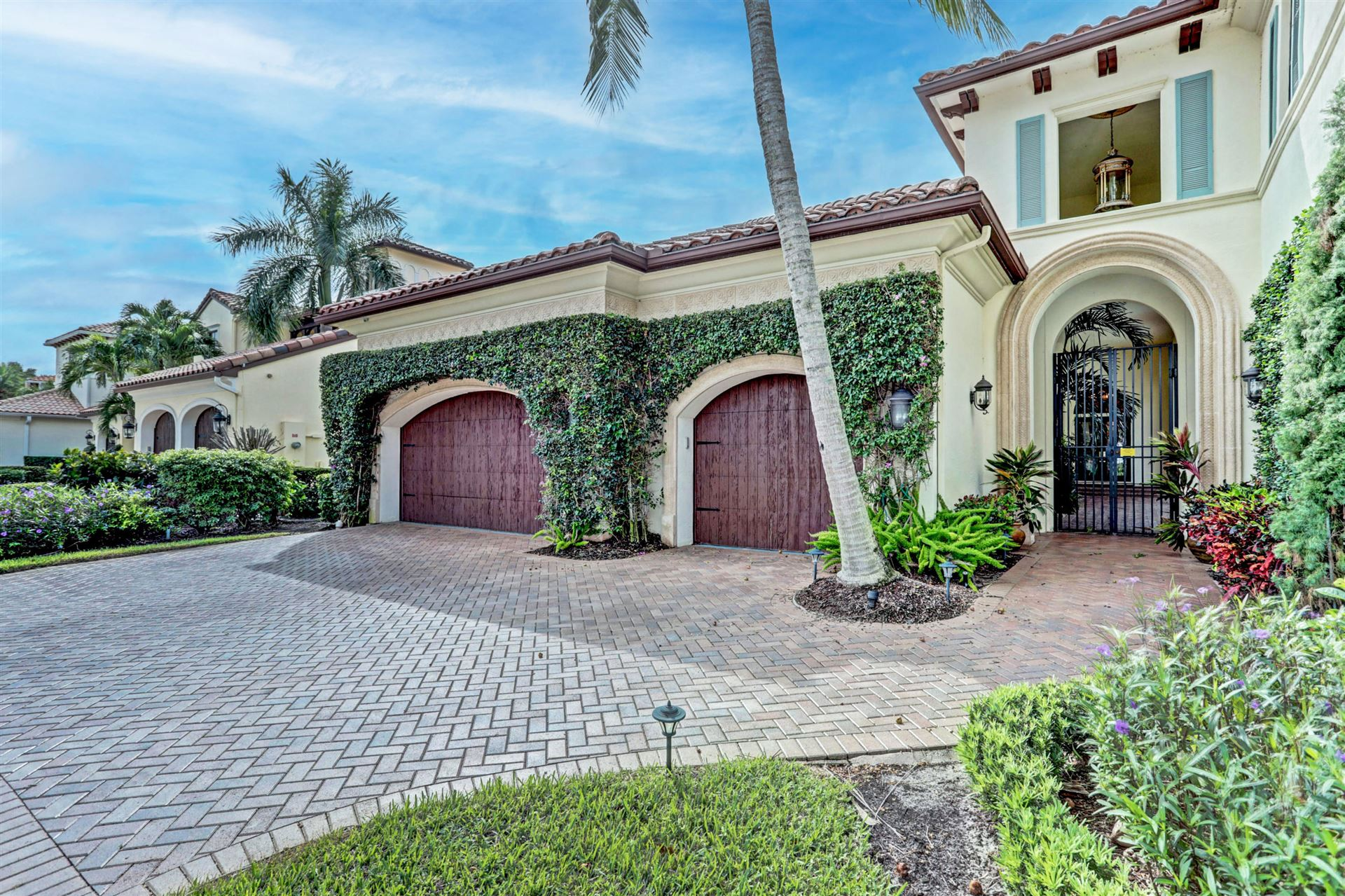 Photo of 119 Talavera Place, Palm Beach Gardens, FL 33418 (MLS # RX-10670612)