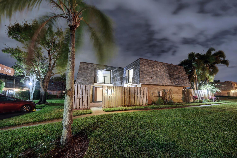 161 Woodland Road, Palm Springs, FL 33461 - #: RX-10670613