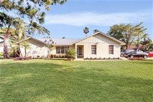 Photo of 138 Buttonwood Circle, Tequesta, FL 33469 (MLS # RX-10538614)