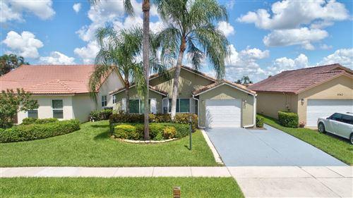 Foto de inmueble con direccion 8358 Bonita Isle Drive Lake Worth FL 33467 con MLS RX-10651614