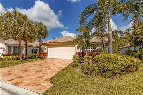 Foto de inmueble con direccion 2848 Waters Edge Circle Greenacres FL 33413 con MLS RX-10637618