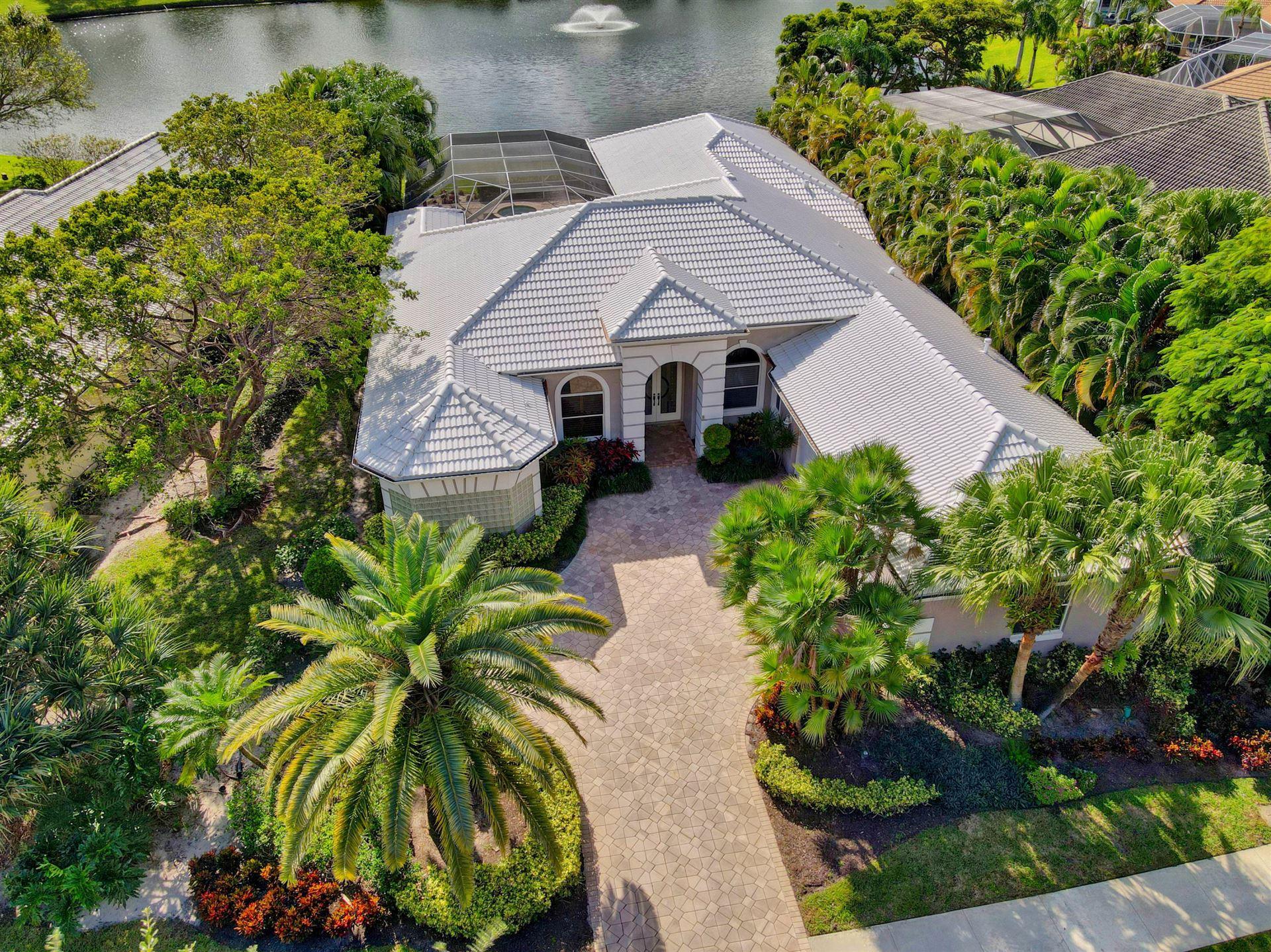 Photo of 9 Bermuda Lake Drive, Palm Beach Gardens, FL 33418 (MLS # RX-10670619)