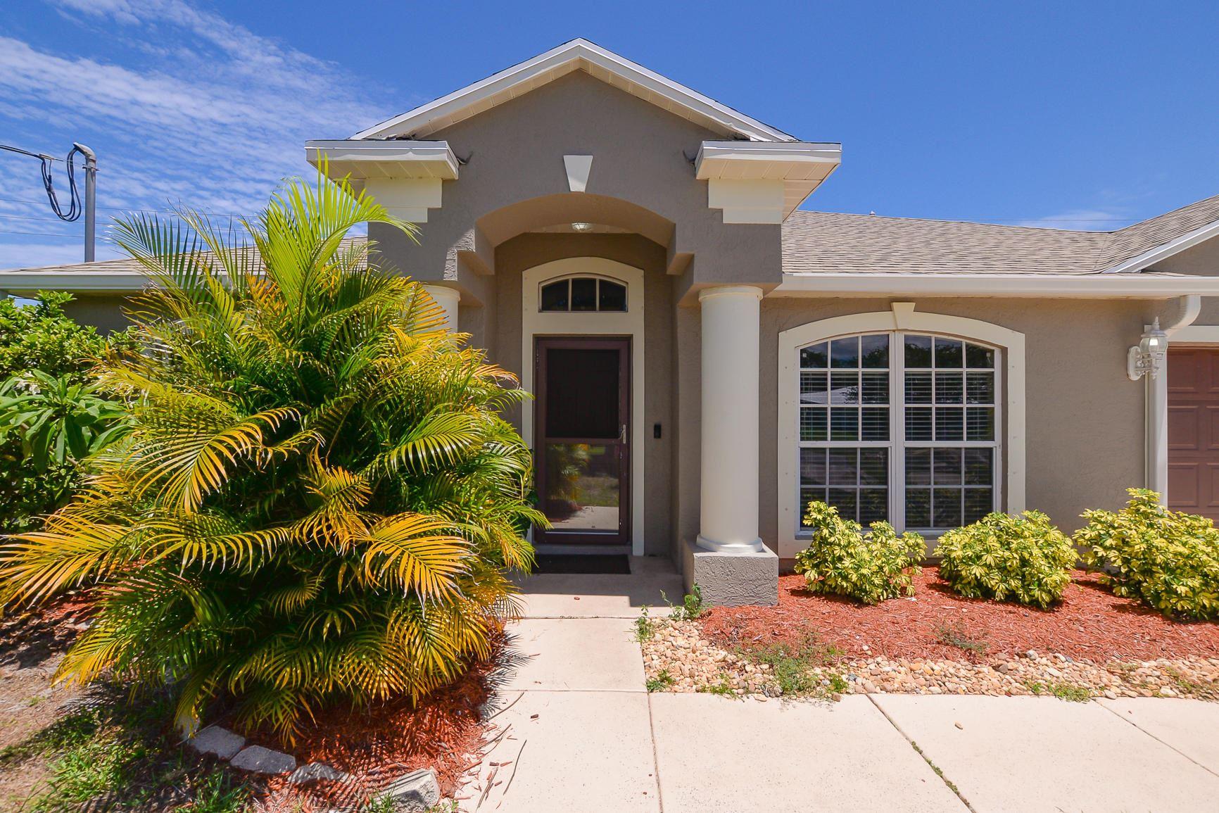 589 SE Nome Drive, Port Saint Lucie, FL 34984 - #: RX-10722619