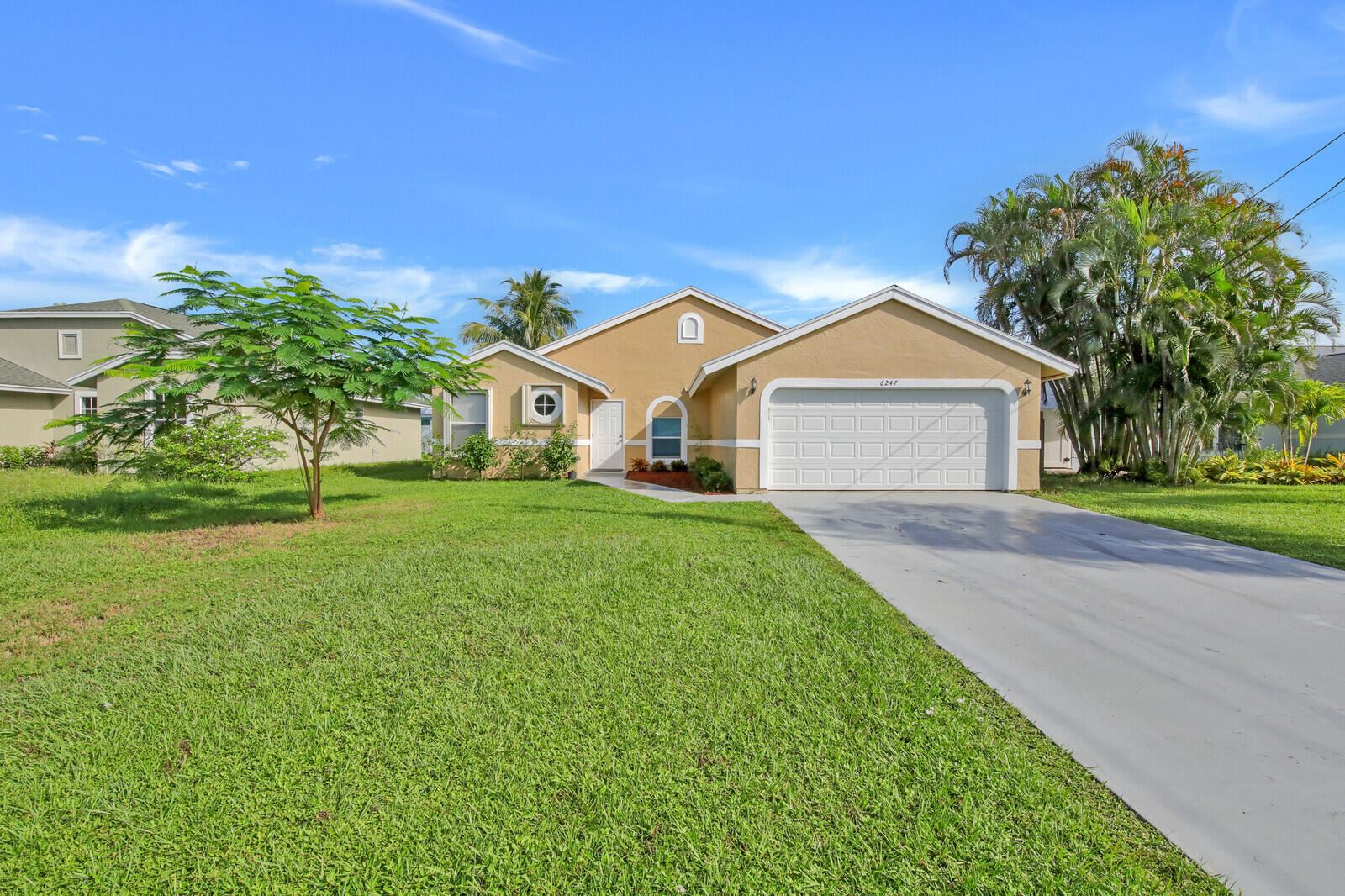 Photo for 6247 Robinson Street, Jupiter, FL 33458 (MLS # RX-10748619)