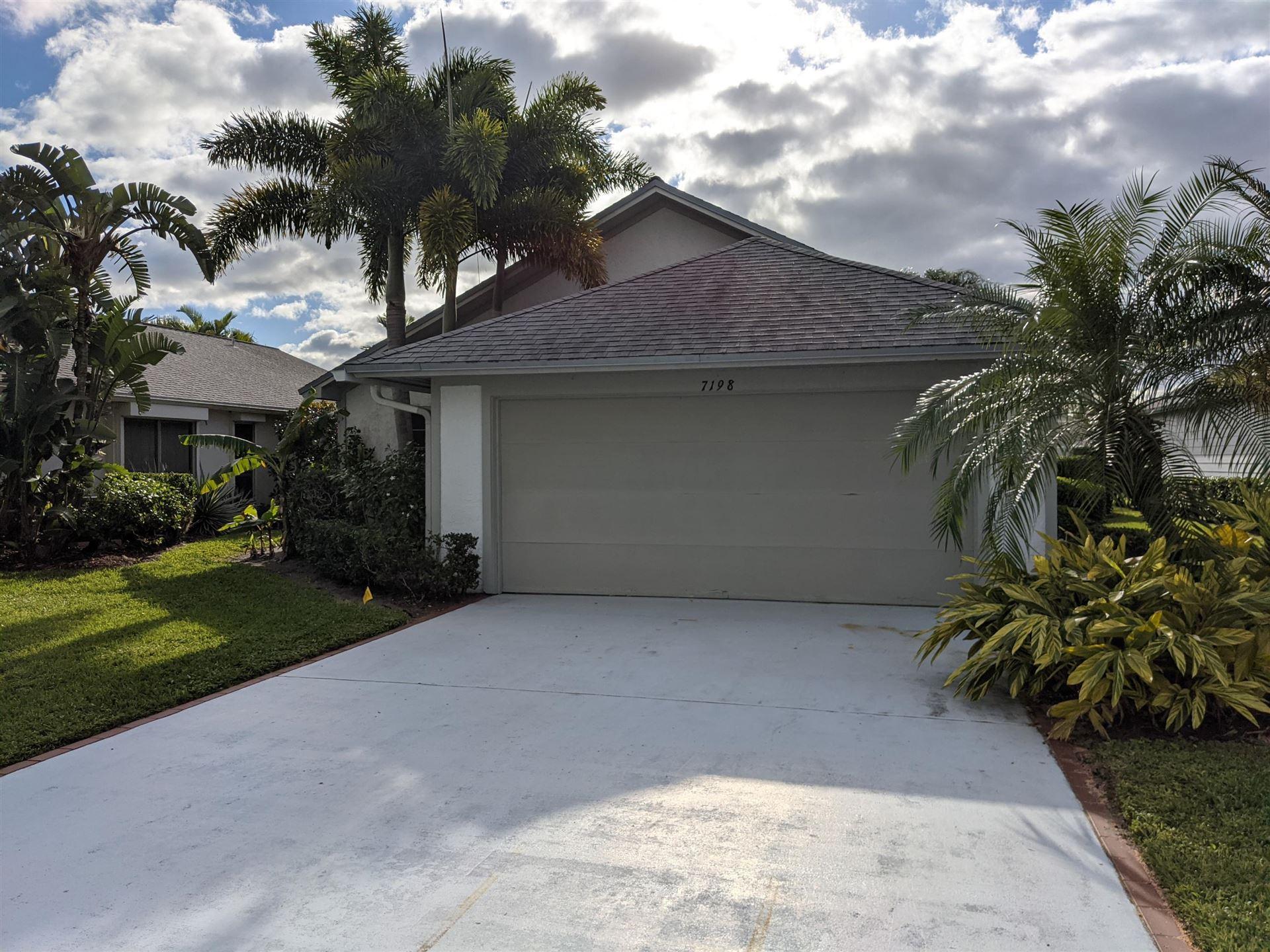 Photo of 7198 SE Quincy Terrace, Hobe Sound, FL 33455 (MLS # RX-10675623)