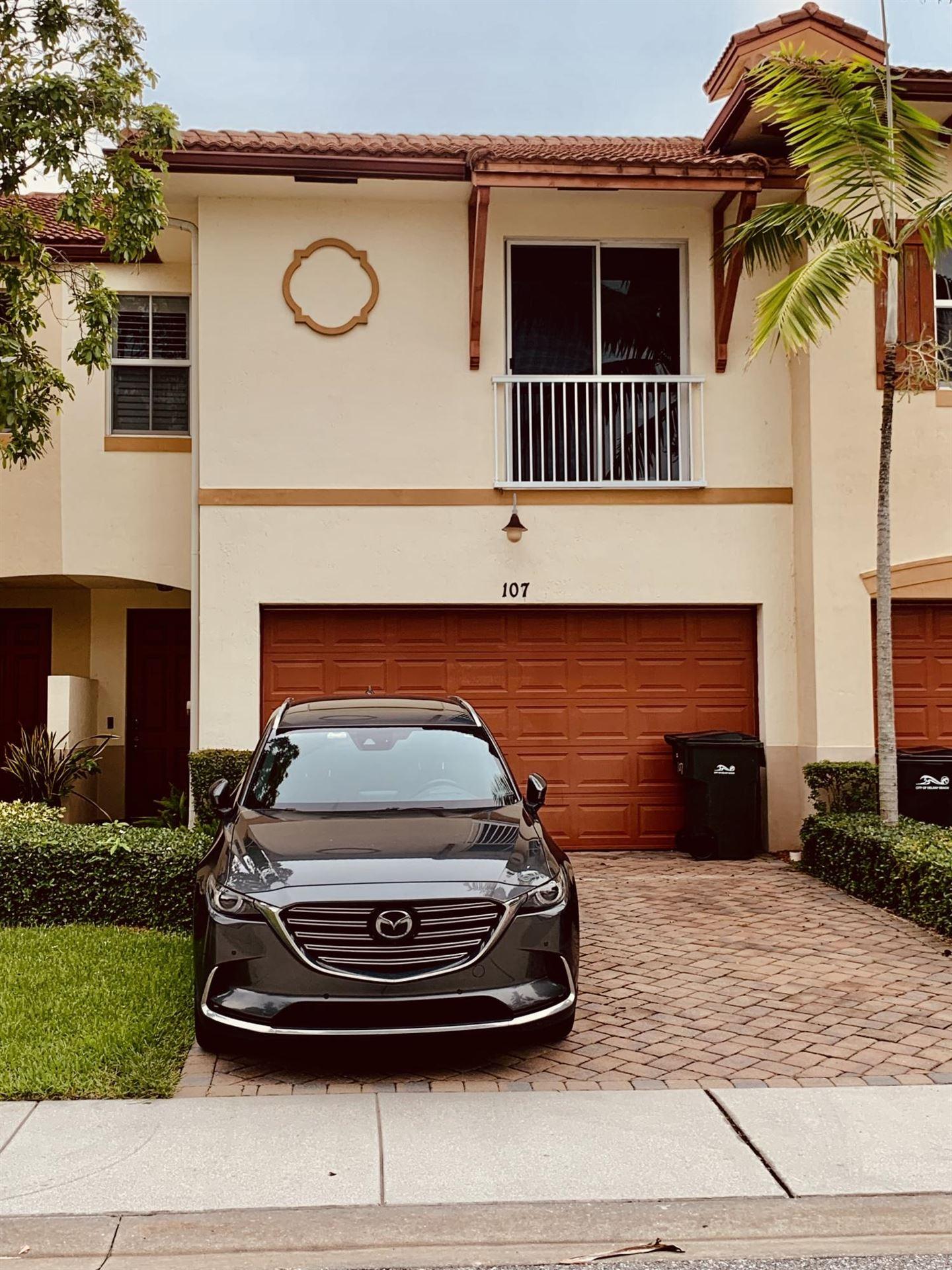 107 E Prive Circle E, Delray Beach, FL 33445 - #: RX-10727624