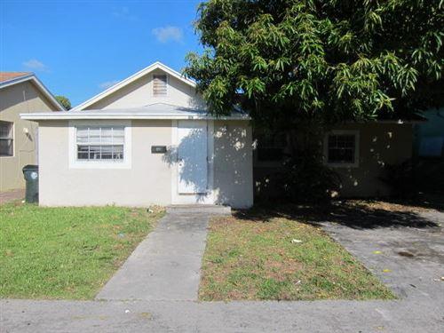 Photo of Listing MLS rx in 907 S B Street Lake Worth FL 33460