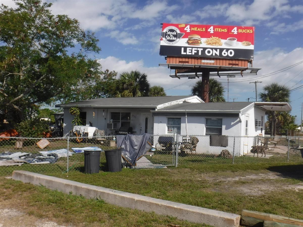 Photo of 2905 N Us Hwy 1, Fort Pierce, FL 34946 (MLS # RX-10684625)