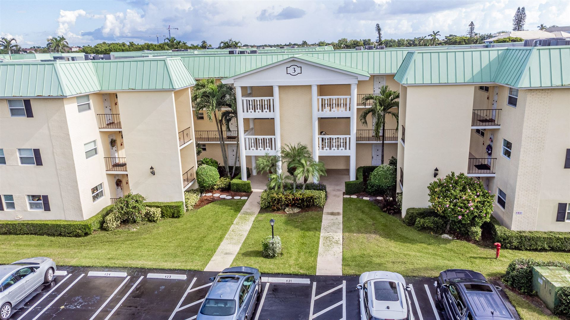 3 Colonial Club Drive #104, Boynton Beach, FL 33435 - #: RX-10753626
