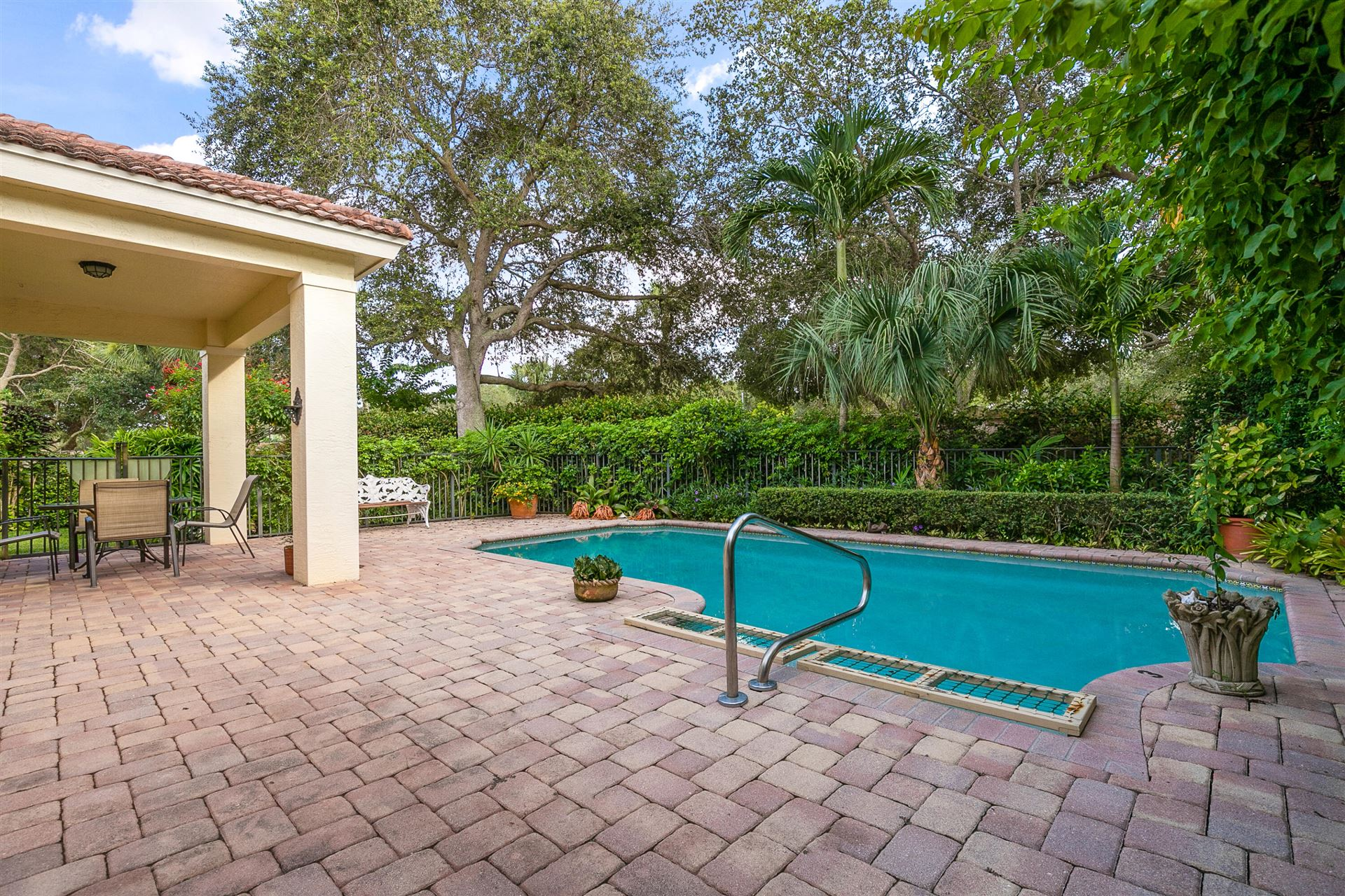 Photo of 199 Via Condado Way, Palm Beach Gardens, FL 33418 (MLS # RX-10746628)