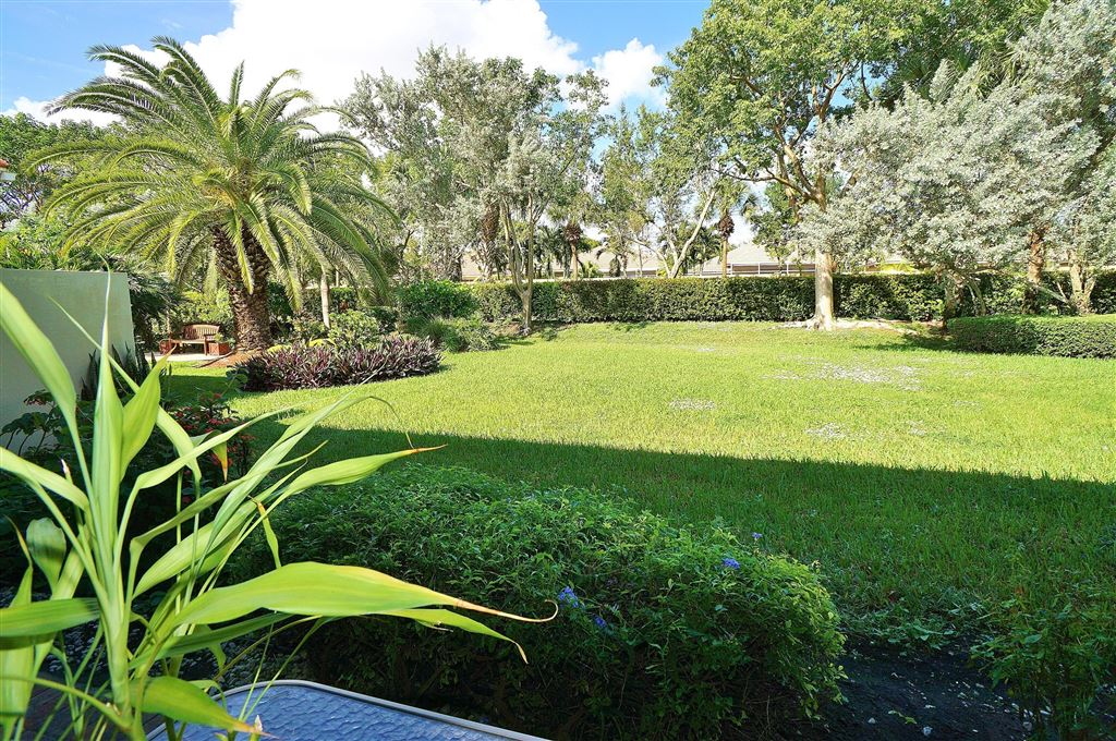 Photo for 7142 Boscanni Drive, Boynton Beach, FL 33437 (MLS # RX-10479631)