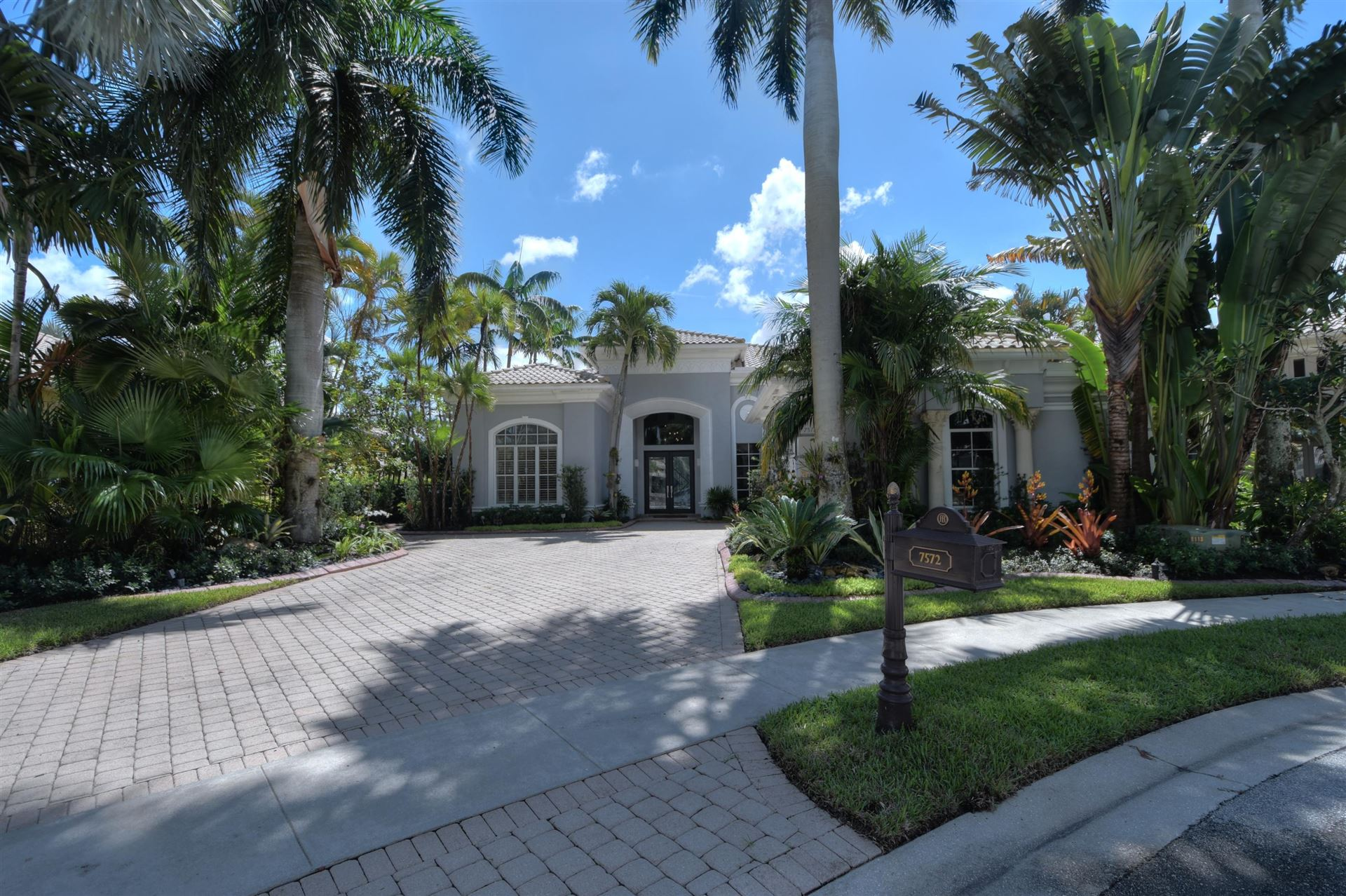 7572 Bella Verde Way, Delray Beach, FL 33446 - #: RX-10645631
