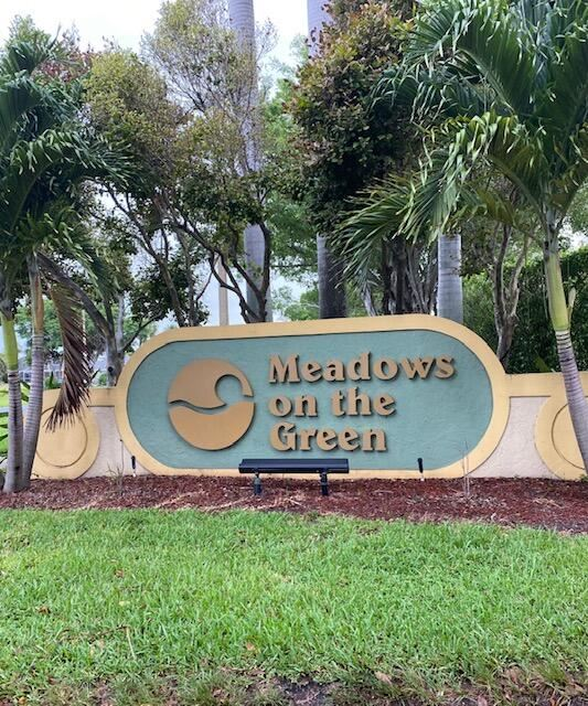 105 Meadows Circle #105, Boynton Beach, FL 33436 - #: RX-10725632