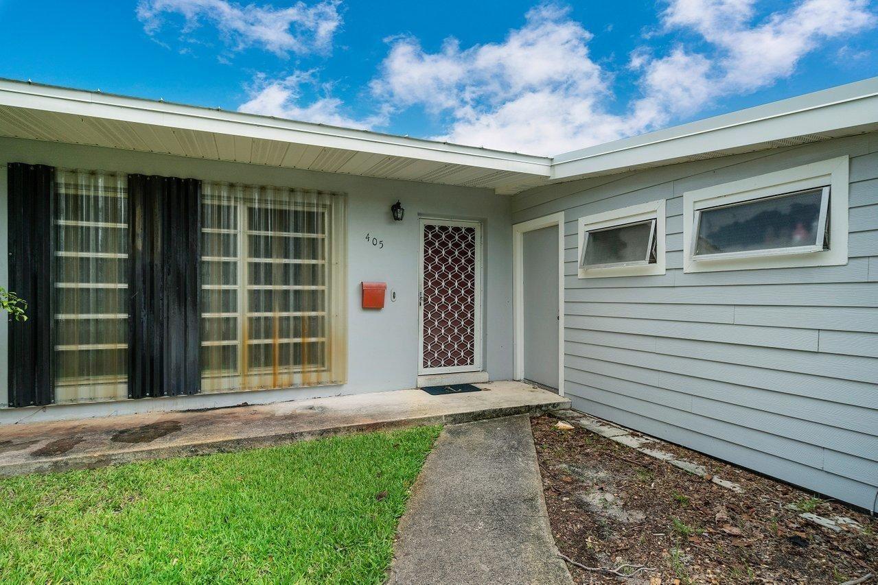 Photo of 405 Gull Court, North Palm Beach, FL 33408 (MLS # RX-10731634)