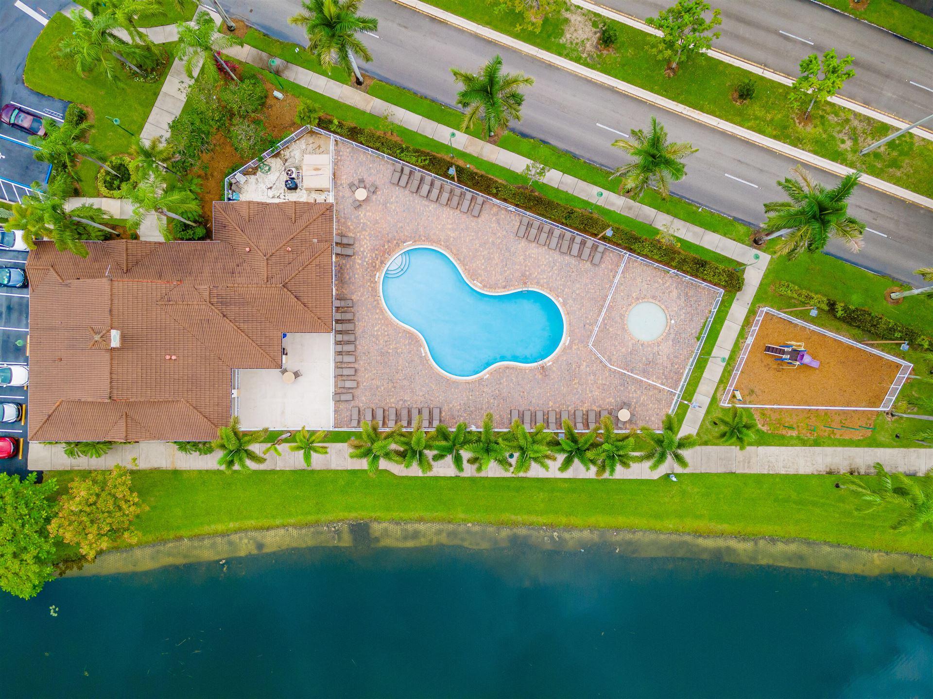1135 SW 44th Terrace, Deerfield Beach, FL 33442 - #: RX-10751635