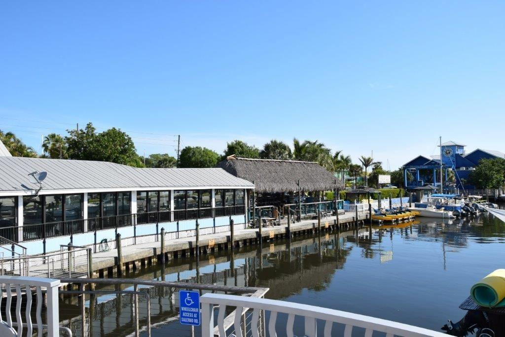 Photo of 4817 SE Dixie Highway, Stuart, FL 34997 (MLS # RX-10754638)